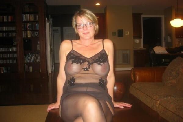 geiles sexfoto von reifer hausfrau